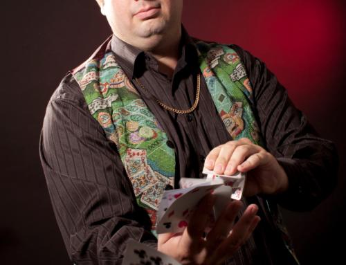 הקלפנים – קורס קסמים מקצועי בחבילת קלפים, מתחילים בקרוב