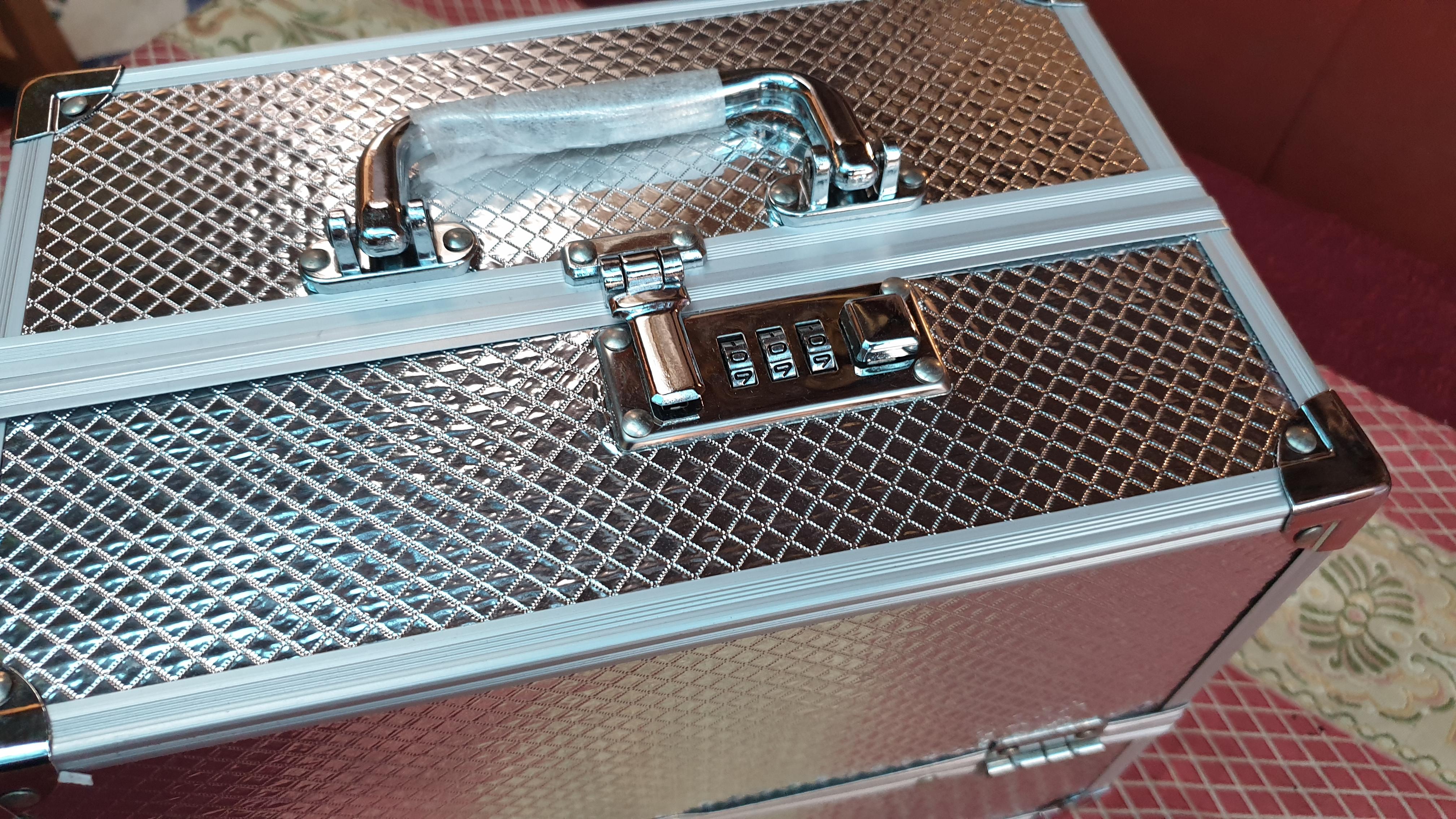 מזוודה 9 – היה שווה לחכות